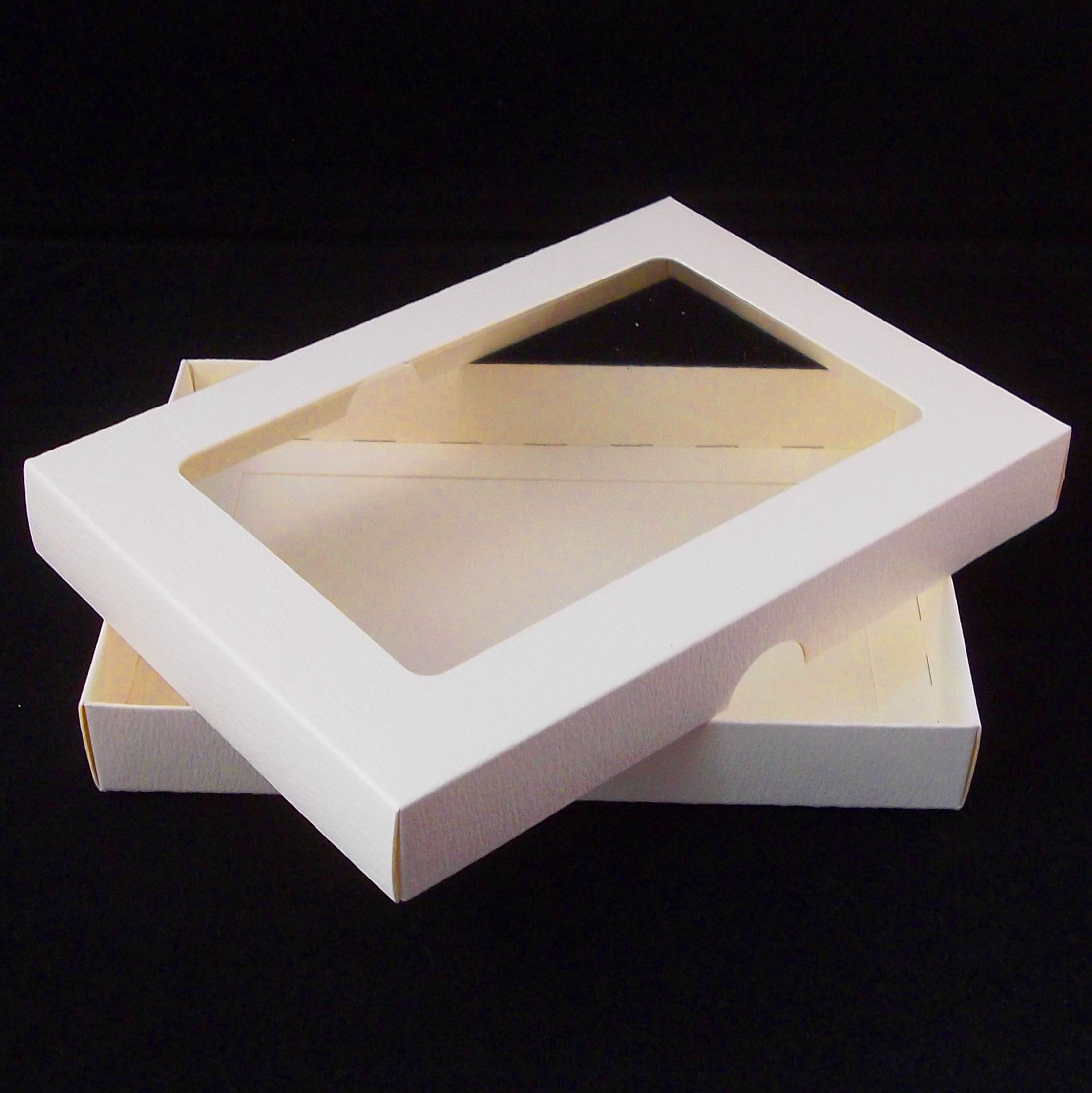 5 X 7 Ivory Greeting Card Boxes With Aperture Lid